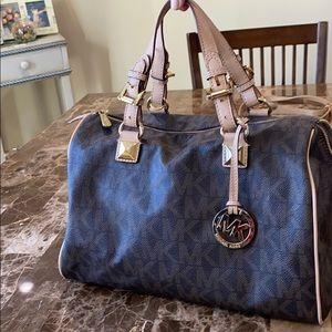 Designer Michael Kors Bag